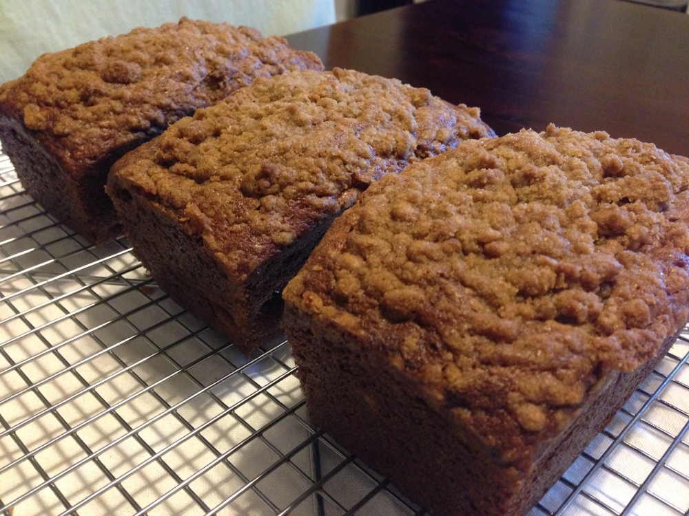 Banana Nut Bread With Spiced Streusel Topping-Day 6 Of 7 Days of Holiday Cookies