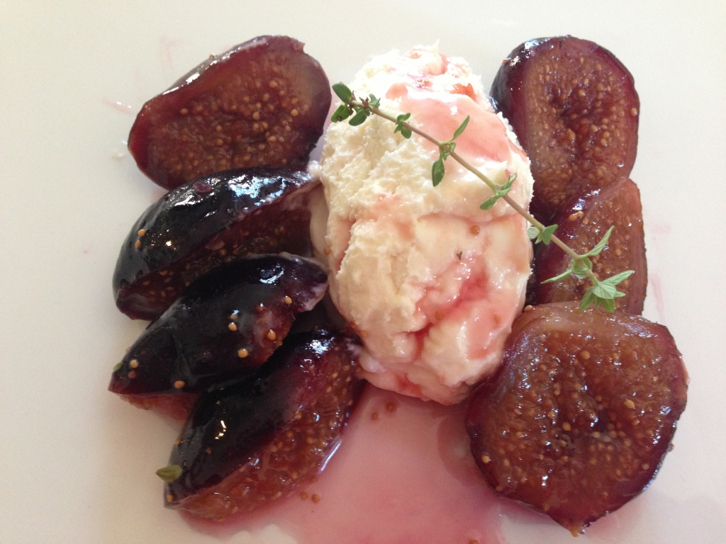 Figs and Creamy Goat Cheese/Mascarpone