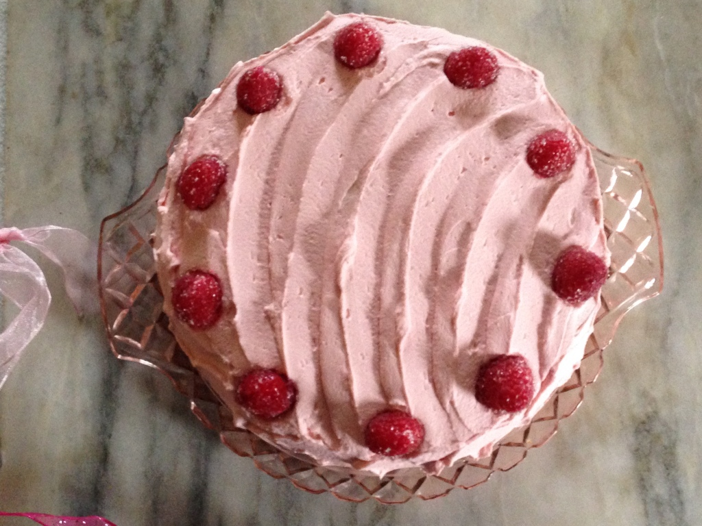 Strawberry Cake Icing Recipes: Whipped Cream Frosting