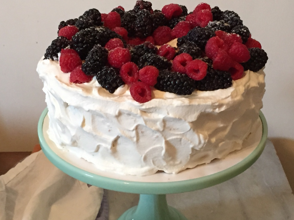 Orange Angel Food Cake, Whipped Cream Frosting And Berries For Fiesta Friday #60 (1/5)