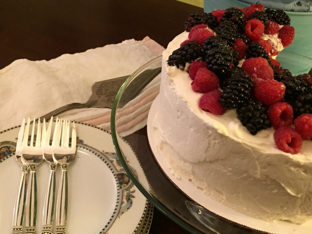 Orange Angel Food Cake, Whipped Cream Frosting And Berries For Fiesta Friday #60 (2/5)