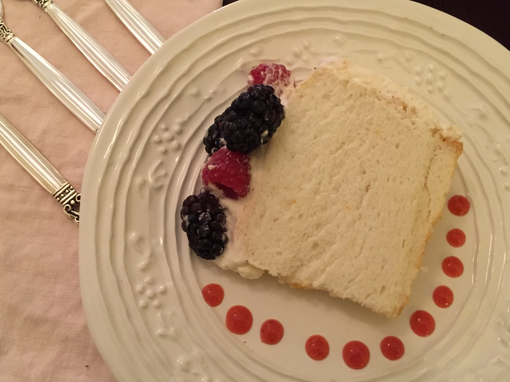 Orange Angel Food Cake, Whipped Cream Frosting And Berries For Fiesta Friday #60 (4/5)